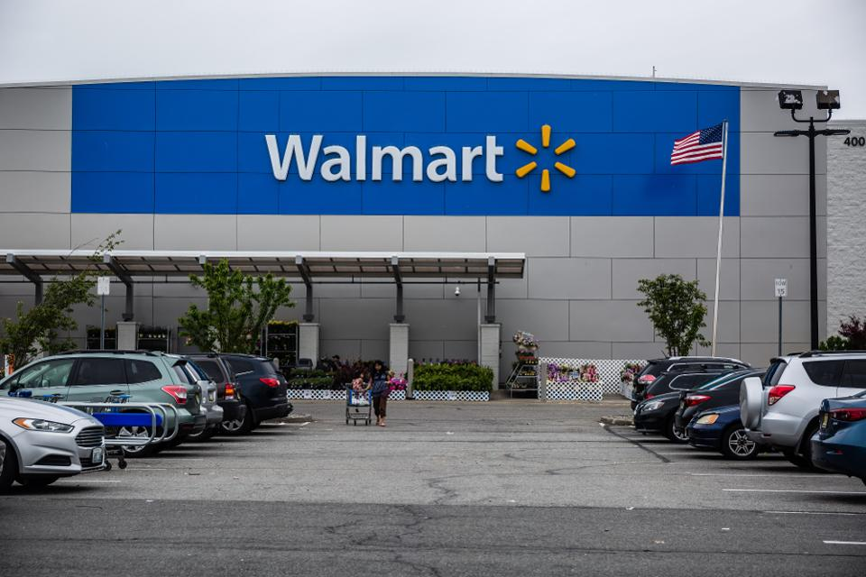 Walmart's Latest Initiative To Fend Off Amazon Is A Total Gas | Forbes.com