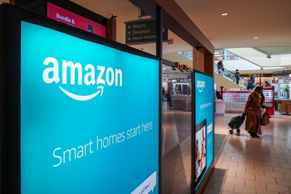 The Strategy Behind Amazon Getting Back Into Mall Pop-Up Stores | Forbes